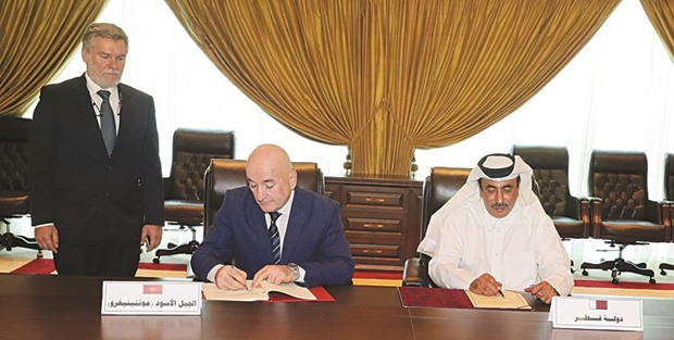 Qatar, Montenegro sign air transport agreement
