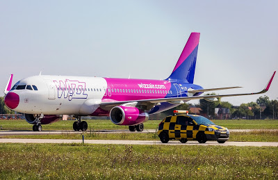 Wizz Air ends hand luggage fee