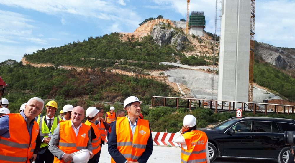 PM at the highway construction site: I'm impressed