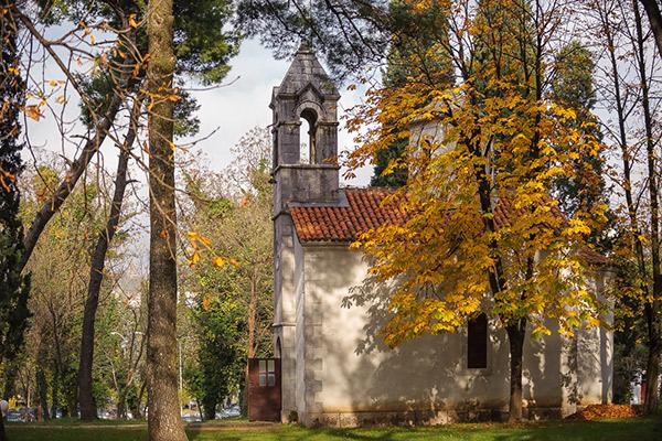 crkva-sv-velikomucenika-dimitrija-1