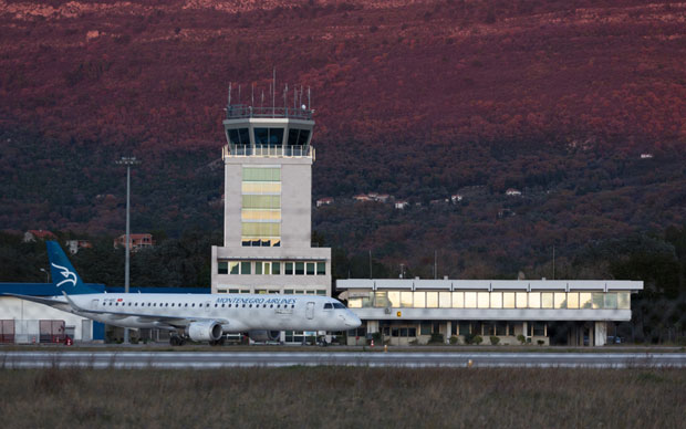 Tivat Airport mulls night-time flights