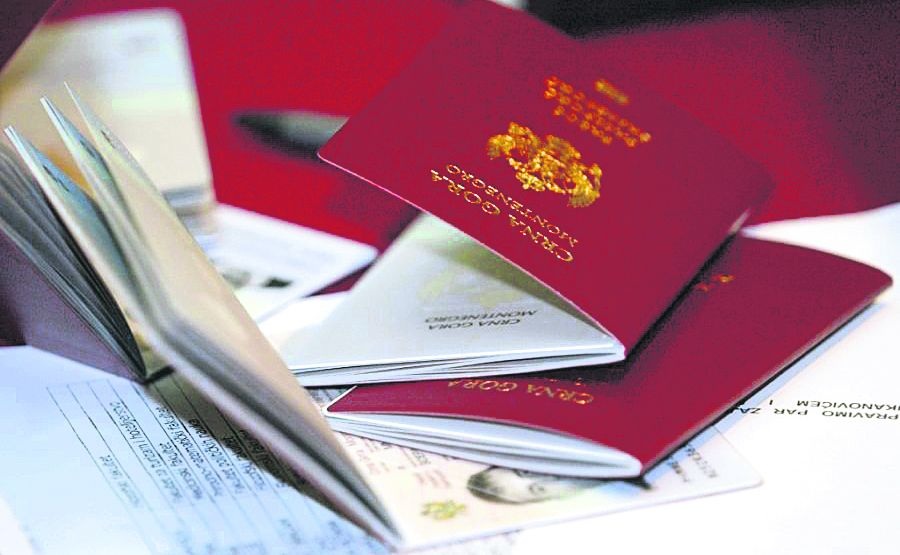 With Montenegrin passport no visas needed in 100 countries