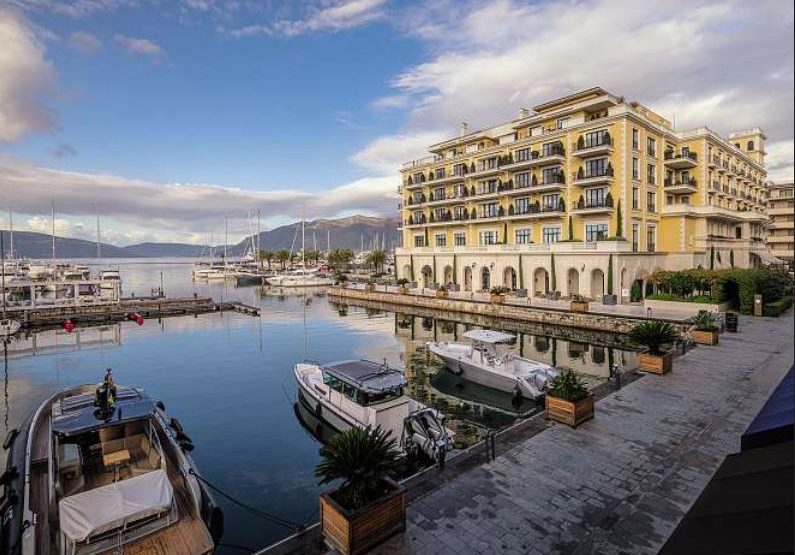 Sunday Times about Montenegro: The millionaire's playground