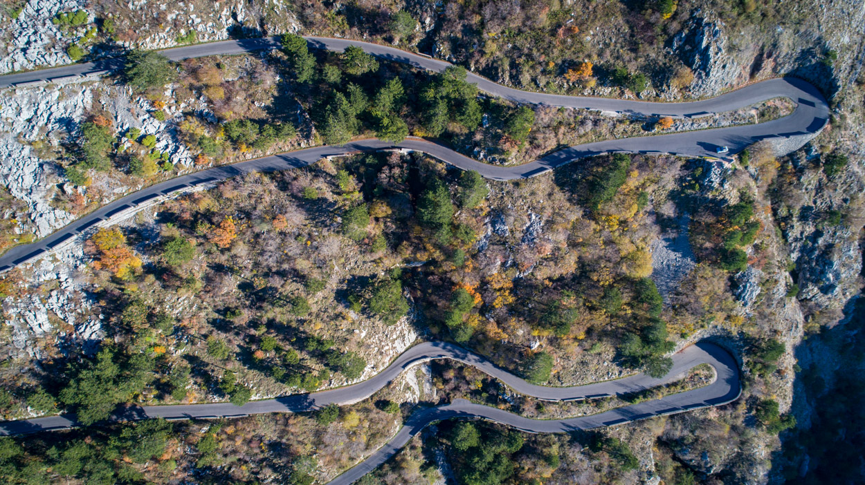 serpentine-road-aerial-view